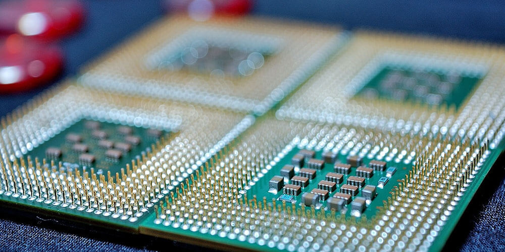 CPUに脆弱性ってどういうこと?影響と対策は?のサムネイル