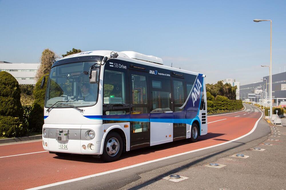 バス車両 日産ポンチョ 自動運転バス外観